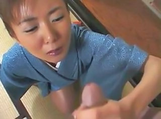 Japanese wife does her duty 3