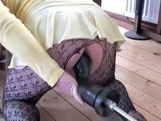 Machine Amateur Pantyhose