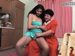 Lesbian Mature Old And Young