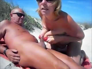 Amateur Beach Big Tits