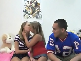 Teen Threesome Amateur
