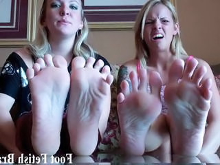 """I know you have always wanted to jerk off to my feet"""" class=""""th-mov"""