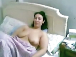 Arab Homemade Wife