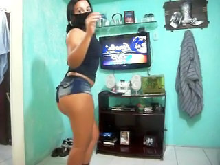 Dancing Brazilian Amateur