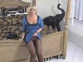 Mom Blonde Mature