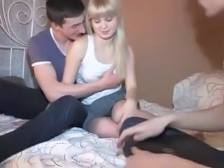 Cuckold Amateur Blonde
