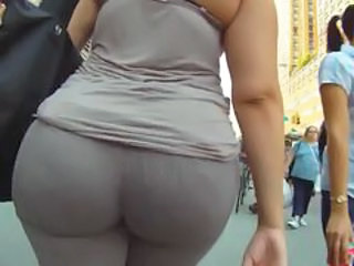Ass Latina MILF