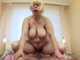 Blonde Chubby Mature Mom Old And Young Riding Saggytits