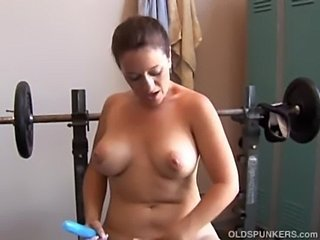 Mature Mom Natural