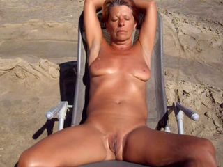 Beach Mature Amateur