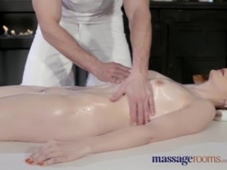 Cute Massage MILF
