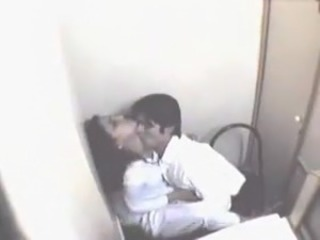 Amateur HiddenCam Kissing