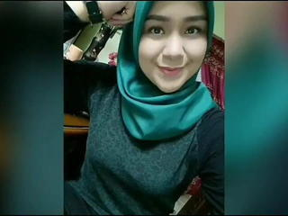 Hijab Indonesian Girl Play With Her Tits Sex Tubes
