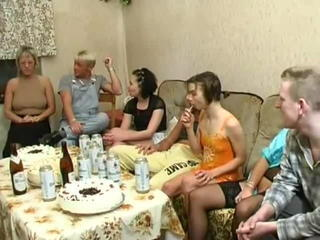 Old and Young Family Groupsex