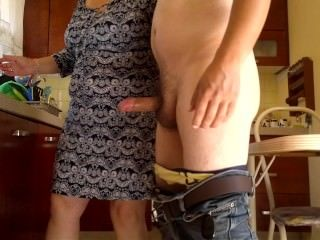 CFNM Handjob Kitchen