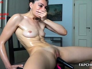 Oiled Toy MILF